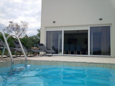 Photo for Villa Vida with private pool and green view