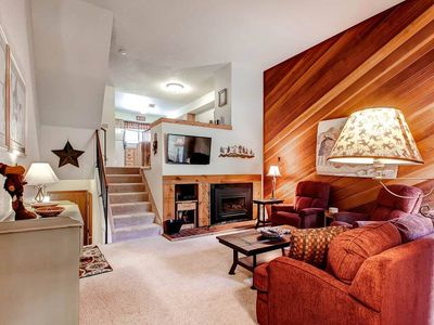 Photo for Spacious Townhome-Walk to Snowflake Lift and Main Street-Pool and Hot Tub Access