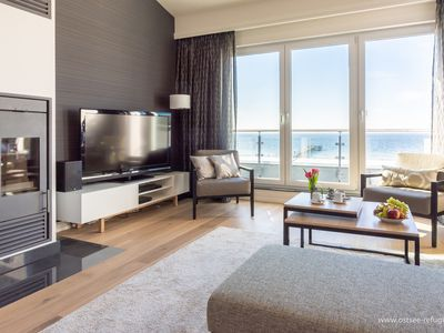 Photo for 5-star penthouse in a class of its own with direct sea view