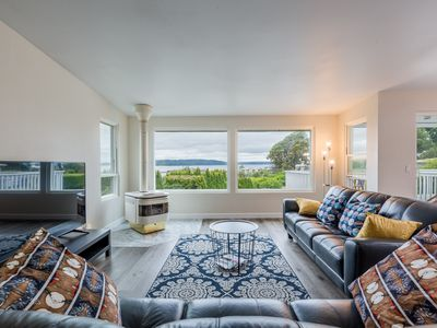 Photo for Private Townhouse with water view near Seatac Airport