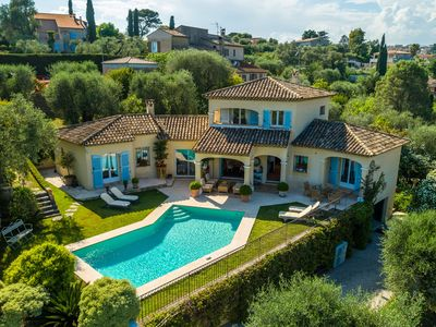 Photo for Luxurious villa with internet and private swimming pool, near Grasse (12 km)