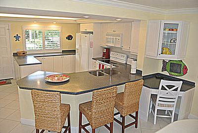 Spacious Kitchen - very clean and bright.