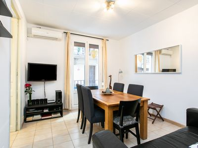 Photo for Cozy Apartment in the heart of Gracia