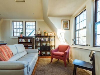 Photo for Delightful Travis Heights Guest House