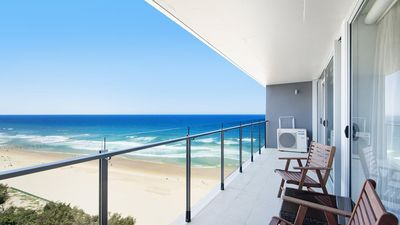 Photo for Central Surfers Paradise - Absolute Beachfront