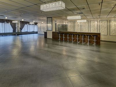 Photo for Stunning! Party house/conference room Plateau! - Studio Apartment, Sleeps 16