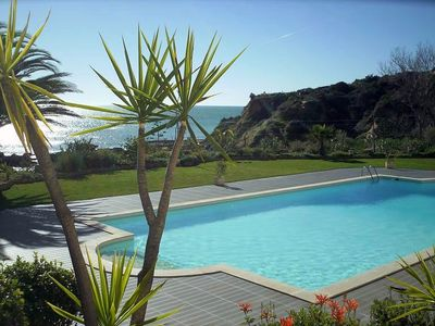 Photo for 11523 / AL-Spectacular Algarve apartment, Albufeira, seafront, by the beach