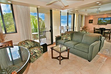 Photo for KR405-Beautifully Remodeled Beachfront Condo in Conveniently Central to Everything Location