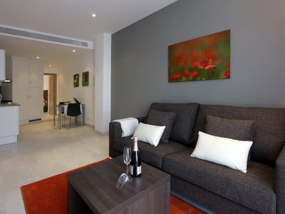 Photo for Apartment for 2 adults with balcony, near Camp Nou 2º1º