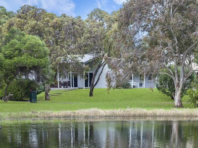 Photo for Carinya Cottage - Port Fairy, VIC