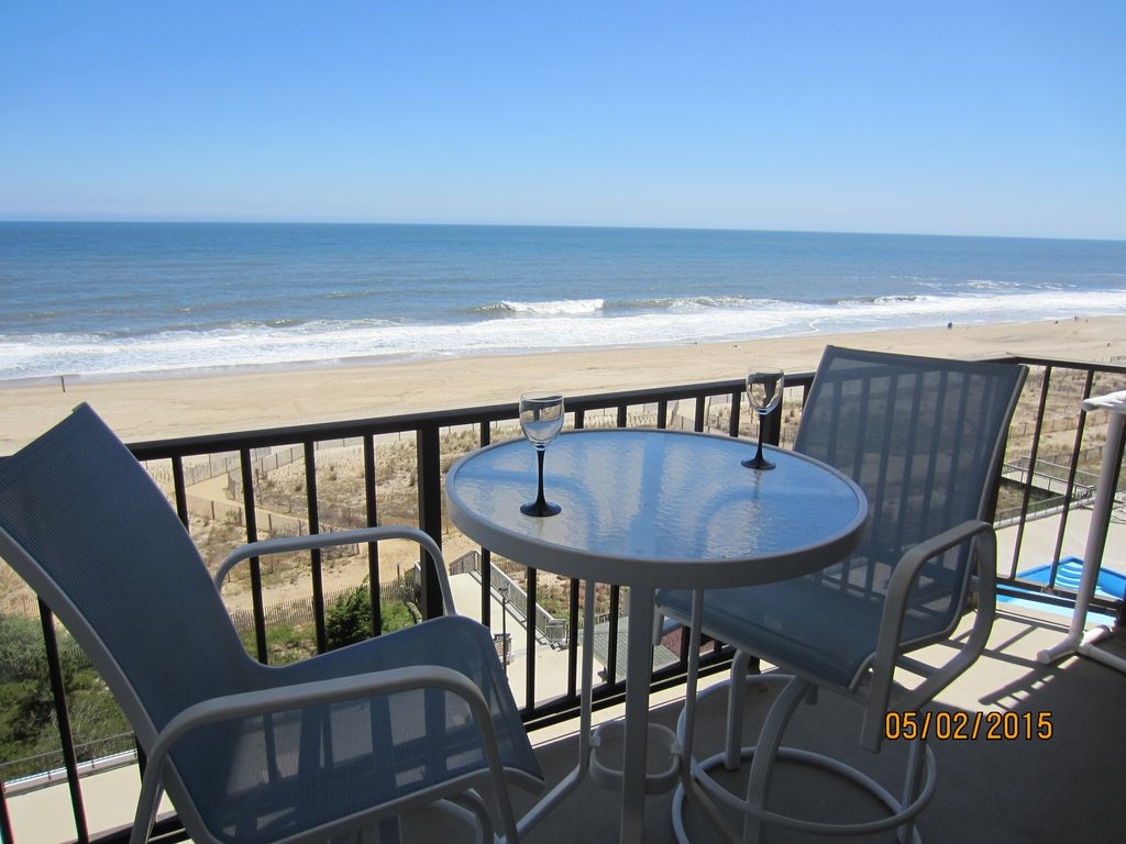It 39 S All About The View 2 Bedroom 2 Bath Oceanfront North Ocean City Ocean City Area