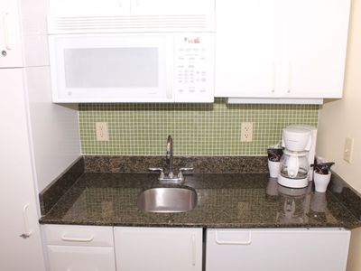 Photo for Apartment in Miami Beach with Internet, Pool, Air conditioning, Lift (641674)