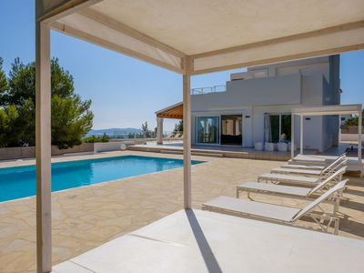 Photo for Luxurious Villa with Pool Area, Terraces, Sea Views, Wi-Fi and Air Conditioning; Pets Allowed, Parking Available