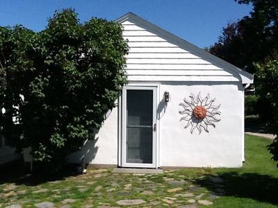 Photo for Charming Studio Cottage located on Easton's Point