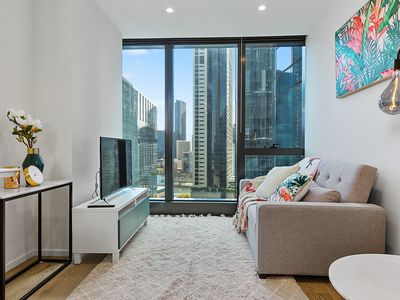 Photo for Modern 1 BR Apt on Southbank - BRAND NEW!