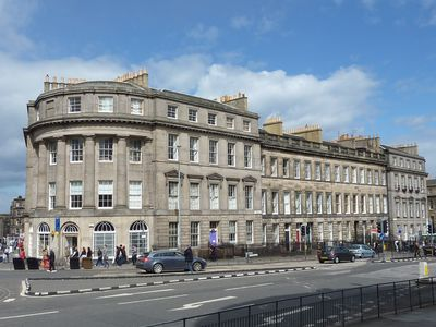 Photo for Stylish Apartment in Edinburgh City Centre