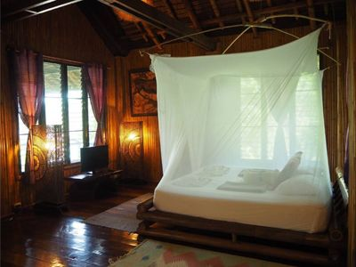 Photo for Grand tree hut - Living in the Jungle experience house Sea view