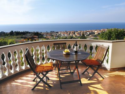 Photo for Sunny house near the sea, terrace with sea views VillaBellaVista