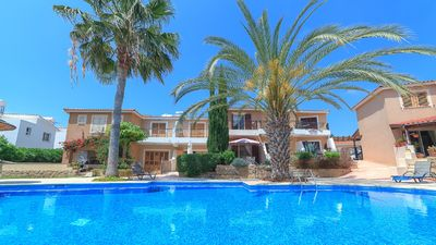Photo for Paphos coastal villa with swimming pool