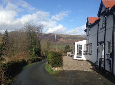 Bloom Cottage is conveniently locacted for the picturesque two of LLangollen
