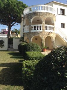 Photo for Wonderful villa with pool and private garden, ideal for families