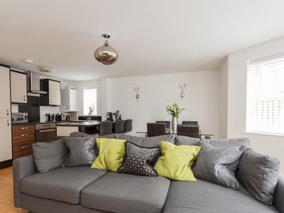 Photo for Stunning Contemporary Apartment, located 0.3 miles from Bournemouth Beach