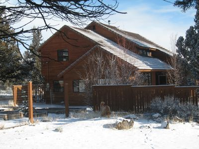 Big House, dusting of snow, Clean air, wonderful privacy, so peaceful.