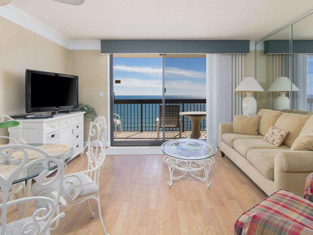Free wifi 17th floor gulf front beauty wit vrbo for 17th floor concert schedule