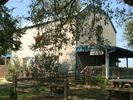 1BR Guest House Vacation Rental in Shiner, Texas