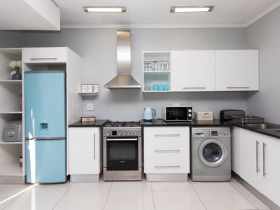 Photo for St Georges Apartment - Modern, Secure, Spotless