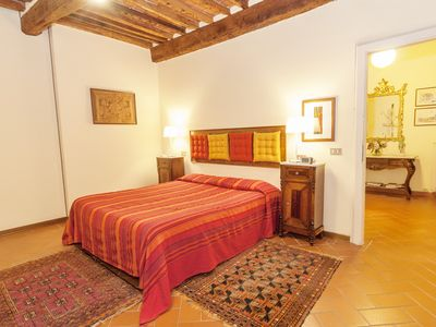 Photo for Two Bedroom Apartment Overlooking The Walls Of Lucca, 4/6 People, Wifi, Parking