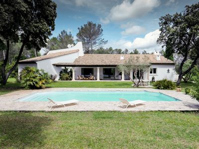 Photo for villa of character in a park of 7000m2 fenced with swimming pool