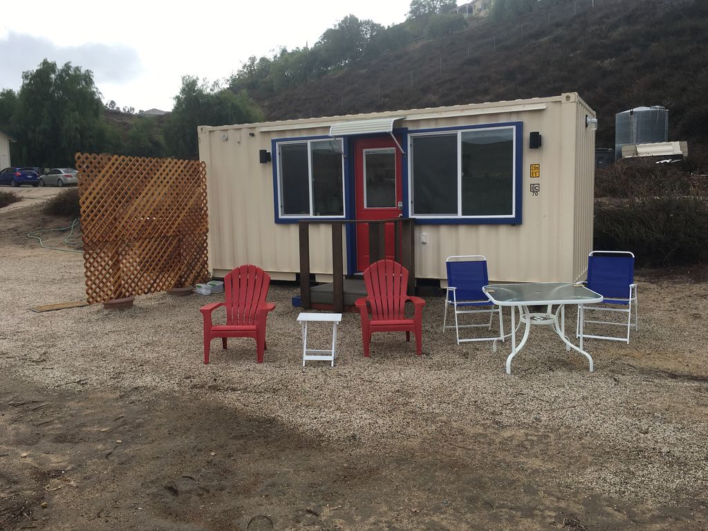 container tiny house studio in the vineyard homeaway. Black Bedroom Furniture Sets. Home Design Ideas