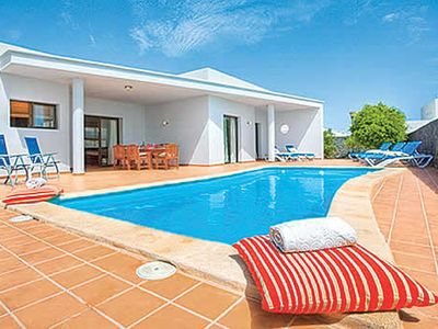Photo for Well-presented villa w/ modern facilities, central location and nearby attractions
