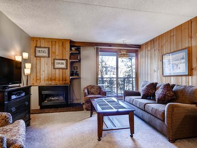 Photo for 7th Night Free! Convenient Access to Slopes & Town, Garage Parking, Wi-Fi, Views
