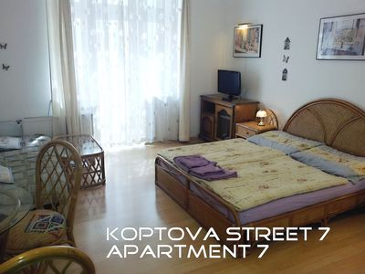 Apartment with 2 rooms, kitchen and bathroom