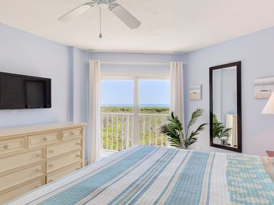 Photo for Enjoy Modern Simplicity with Sweeping Ocean Views Wifi, Pool & Beach