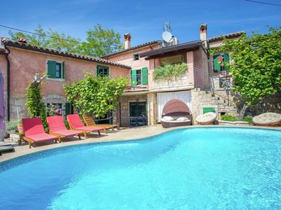 Photo for Authentic stone holiday house with private pool and very nice location in Istria
