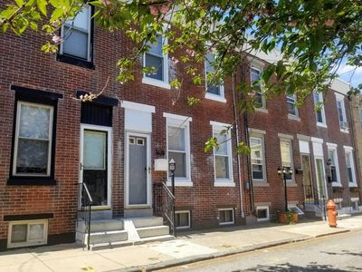 Photo for Comfy Fishtown home with parking