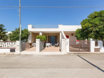 Photo for 932 Two-room apartment with garden by the beach of Torre Lapillo