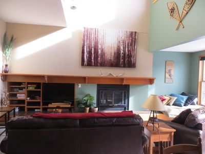Photo for Gorgeous Two-Level Condo in Keystone, Co