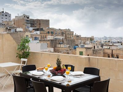 Photo for Lovely Valletta Duplex with Rooftop Terrace and Amazing Views