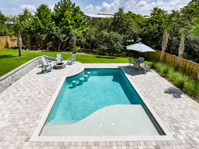 """Photo for """"Days Like This"""" Gulf Views! Private Heated Pool! 6 Passenger Golf Cart!"""