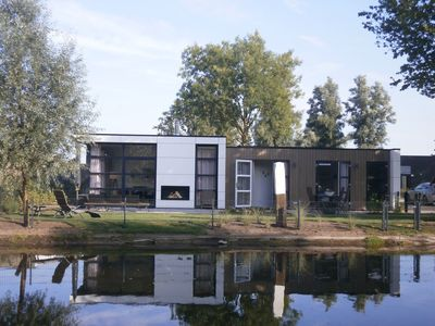 Photo for NEW holiday home on the Veluwemeer