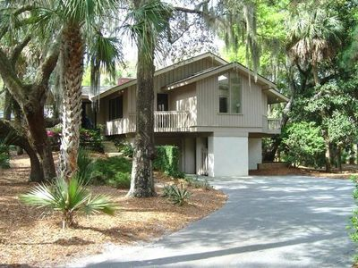 Photo for Sea Pines South Beach Home short 300 Yard walk on private path to beach lg pool