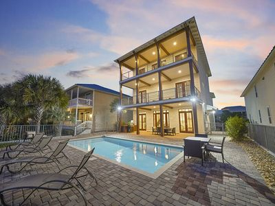 Photo for Beautiful Vacation Home in Destin w/ Private Pool & Gulf Views!