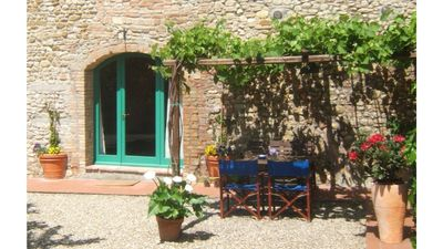 "Photo for ""PERGOLA"" 'ROMANTIC APARTMENT IN CHIANTI in the center of TUSCANY"