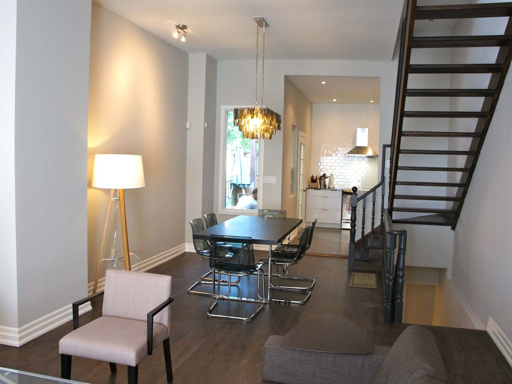 3 Bedroom Modern Reno Downtown Toronto Homeaway Palmerston Little Italy