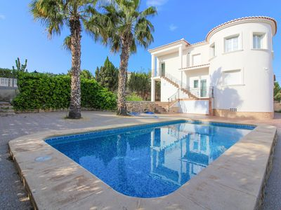 Photo for Beautiful villa in Calpe at 1.5 km from the beach. ALM6