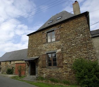 Photo for Charming house, quiet and rejuvenating, near hiking trails